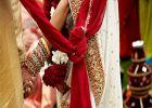 ഭാര്യയുടെ പേര് വാലാക്കിയ എത്ര 'അതിയാൻമാരെ' നിങ്ങൾക്കറിയാം; മരണത്തിൽ പോലും പേരില്ലാത്തവൾ പെണ്ണ്; കുറിപ്പ്