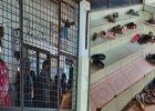 രോഗാണുക്കളുമായി നഗ്നപാദരായി അകത്തേക്ക്: ഈ കാഴ്ച കണ്ടോ?: തെറ്റ് ചൂണ്ടിക്കാട്ടി കുറിപ്പ്