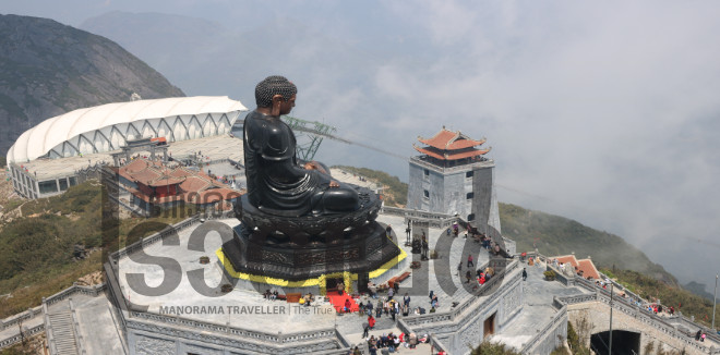 സാപ, ഭൂപടത്തിൽ വീണ്ടെടുക്കപ്പെട്ട സ്വർഗം. വിയറ്റ്നാമിലെ ഏറ്റവും ഉയരമുള്ള കൊടുമുടിയിലേക്ക് കേബിൾ കാറിൽ ഒരു യാത്ര